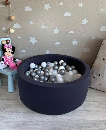Темно-серый детский сухой бассейн с шариками