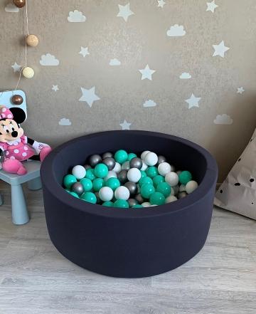 Темно-серый детский сухой бассейн с шариками (белый, мятный, прозрачный, серый)