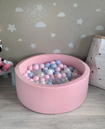 Нежно розовый детский сухой бассейн с шариками